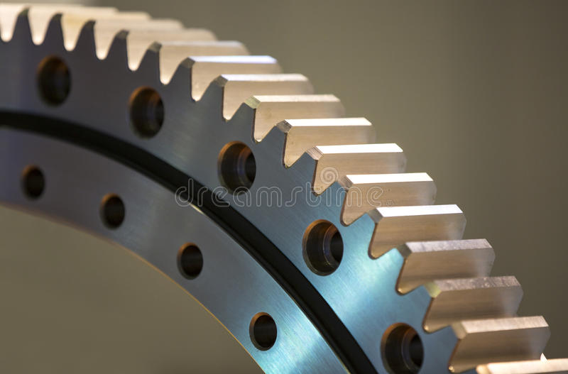 Stort stålkugghjul arkivfoton