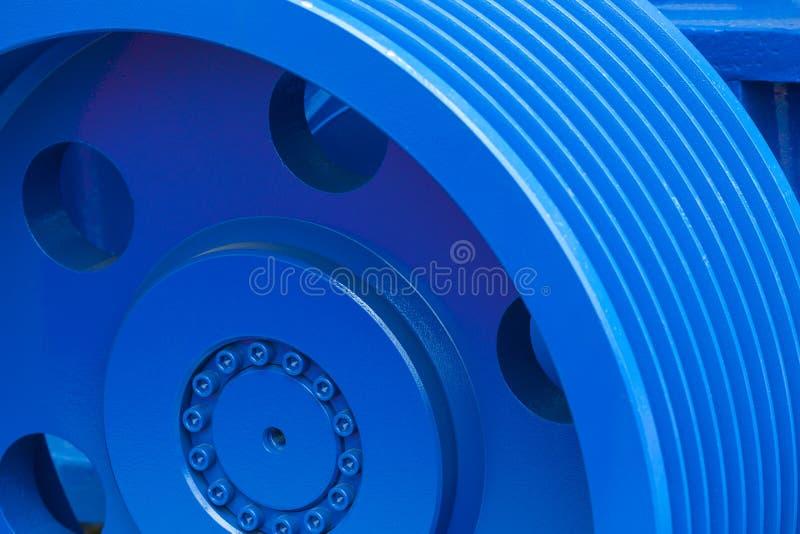 Stort stålkugghjul royaltyfria foton