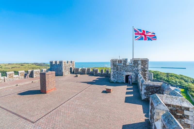 Stort torn på Dover Castle royaltyfri bild