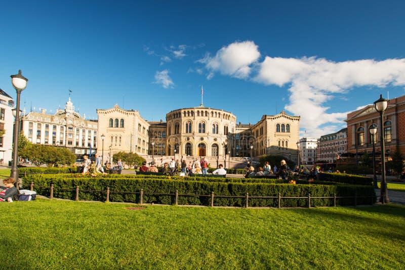 Storting ou Parlament em Oslo Noruega horisontal imagens de stock