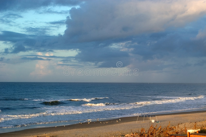 Storw che fermenta sopra l'oceano fotografia stock