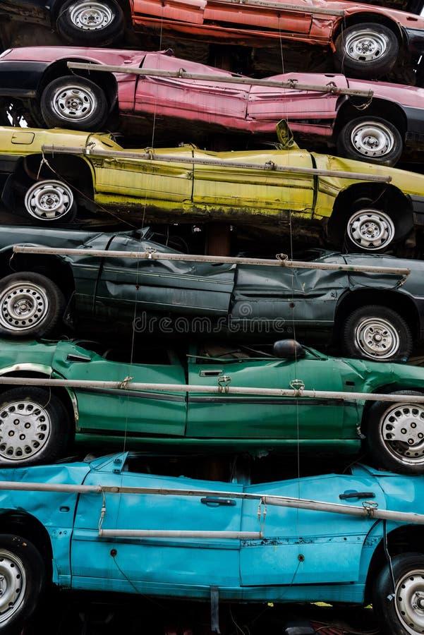Stos dżonka samochody zdjęcia royalty free