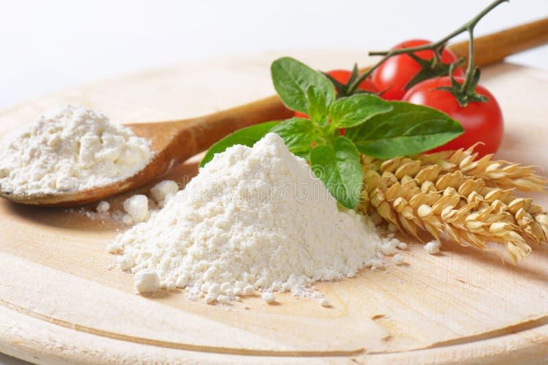 Stos pszeniczna mąka zdjęcie stock