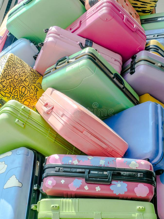 Stos różnorodni style colourful walizki fotografia royalty free