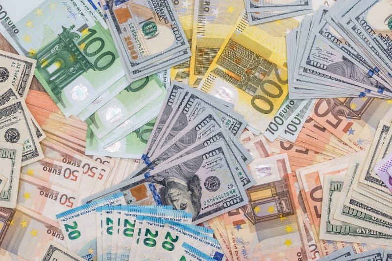 Stos z dolarem i euro dla projekta fotografia royalty free