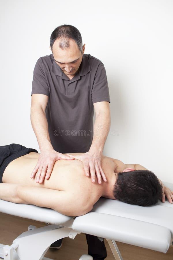 Stosować osteopathic traktowanie zdjęcie stock