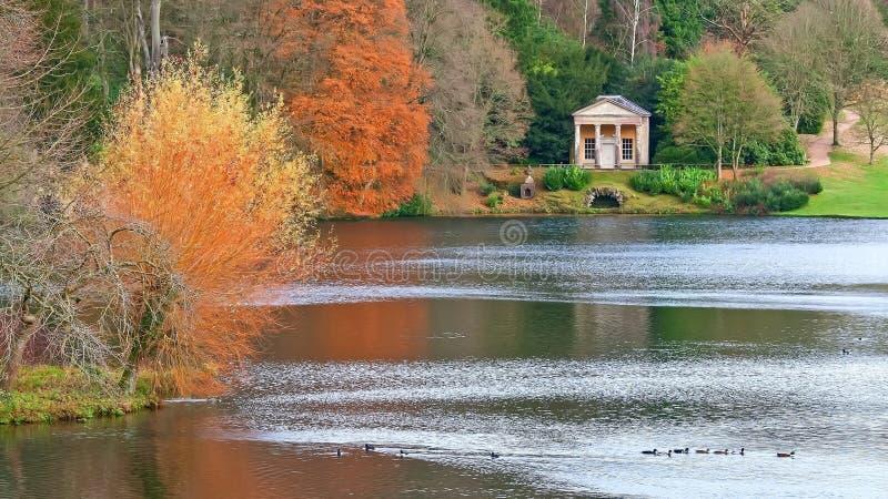Stourhead Landschaftsgarten lizenzfreies stockbild