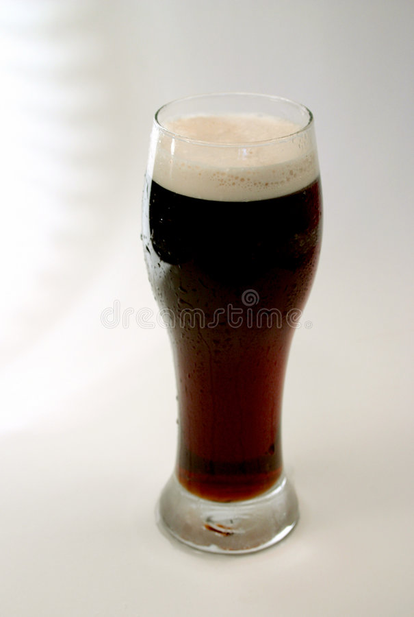 Download Stout Beer Star Backdrop Royalty Free Stock Image - Image: 588536