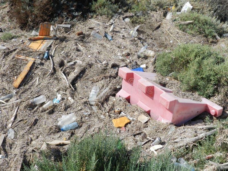 Stränderna är inte nedgrävningar av sopor arkivfoto