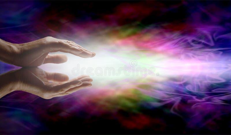 Stråla Reiki som läker energi royaltyfria foton