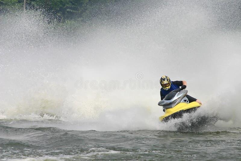 Download Strålen skidar arkivfoto. Bild av moving, hastighet, transport - 282520
