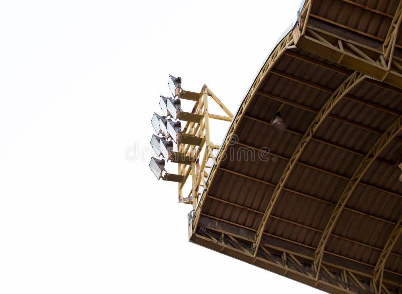 Strålkastare i stadion royaltyfri bild