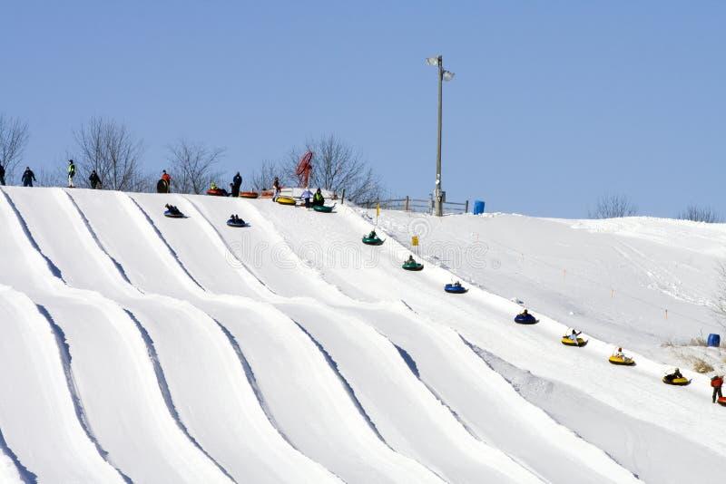 stróżówki narty śniegu bulwy zdjęcia stock