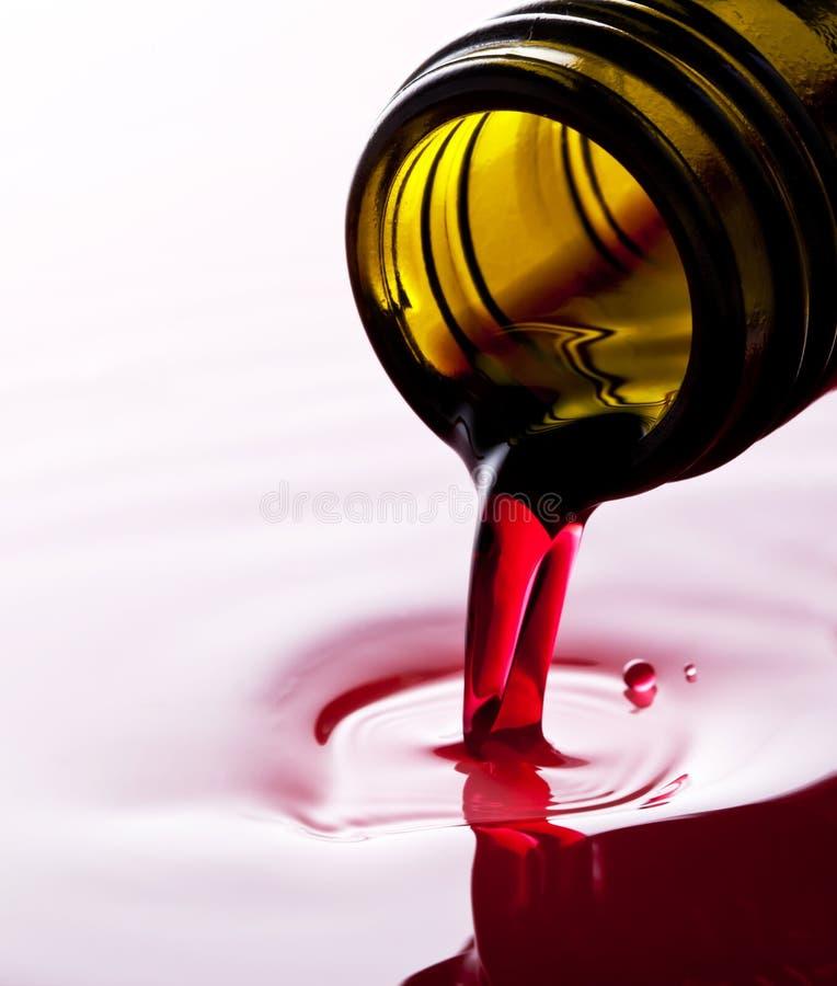 Strömender Wein Stockfotos