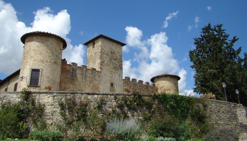 strömförande tuscany arkivfoto