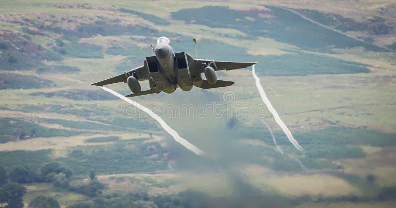 Str?lflygplan f?r F15 Eagle arkivbilder