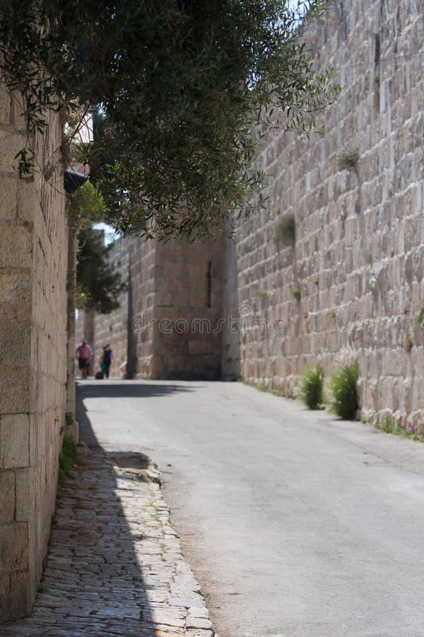 Straße in der alten Stadt von Jeruslaem stockfoto