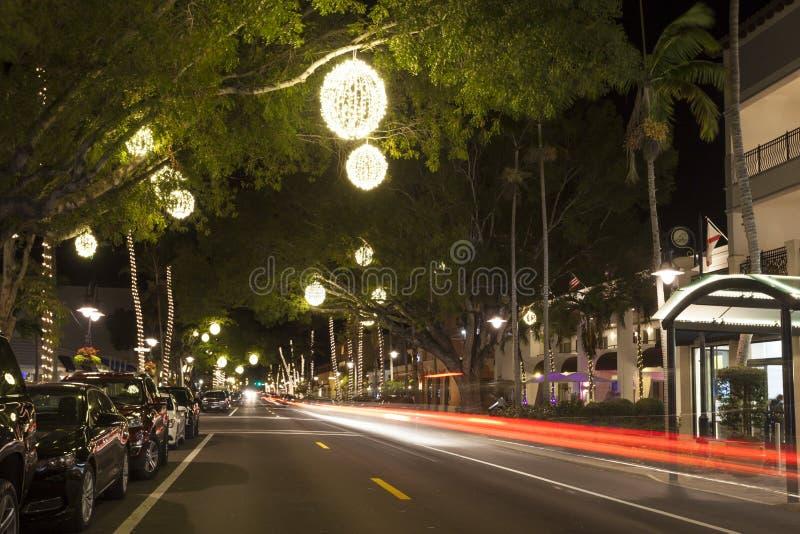 Straße in der Stadt von Neapel nachts Kleiner Strand nahe Miami stockbilder