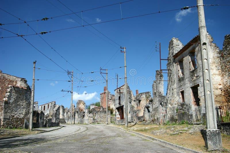 Straße des WWII Dorfs Oradour-sur-Glane, Frankreich stockfotos