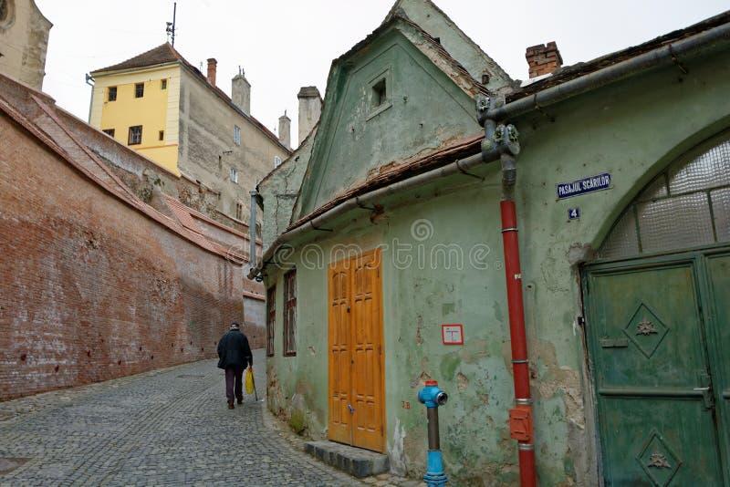 Straße historisches Mittel-Sibiu, Rumänien lizenzfreies stockfoto