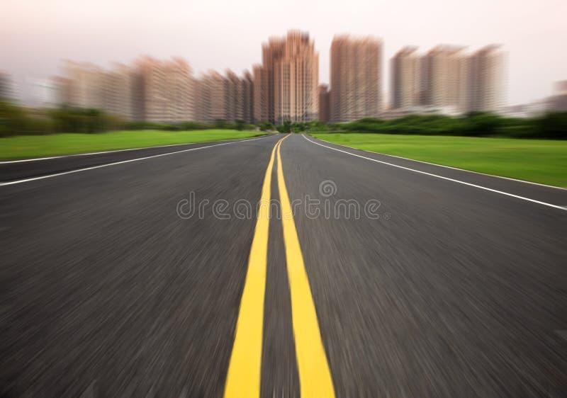 Straße im Bewegungszittern stockbilder