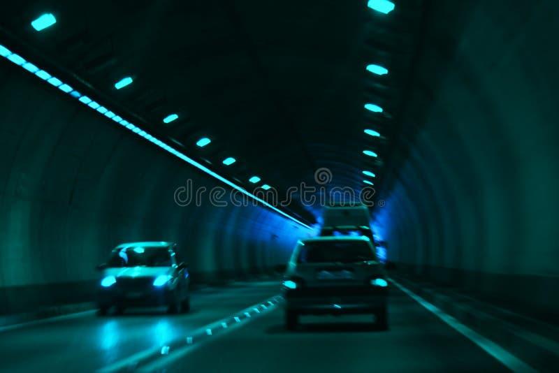 Straße im Tunnel lizenzfreie stockfotografie