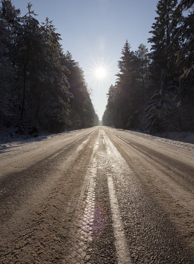 Straße im Winter stockbilder