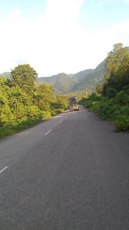Straße Indiens Bhutan lizenzfreie stockbilder