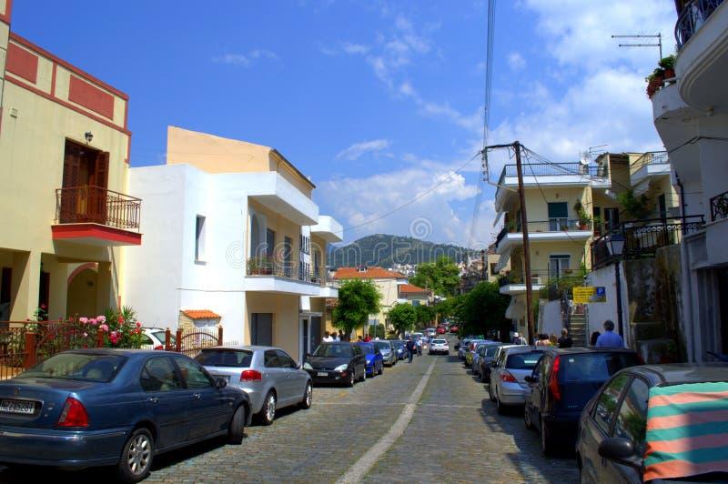 Straße in Kavala, Griechenland lizenzfreie stockbilder