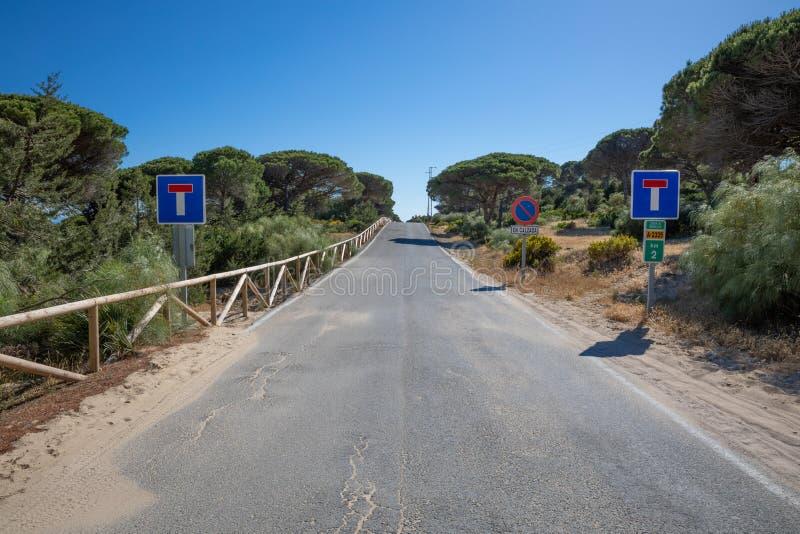 Straße kein Ausweg in Cadiz lizenzfreie stockfotografie
