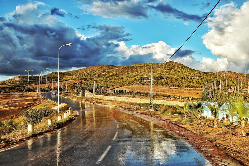 Straße lghaba in Oran lizenzfreie stockbilder