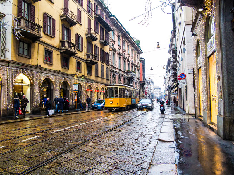 Straße Mailands, Italien stockbild