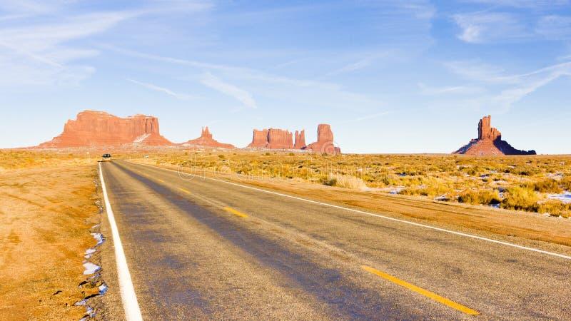 Straße, Monument-Tal-Nationalpark, Utah-Arizona, USA lizenzfreie stockfotografie