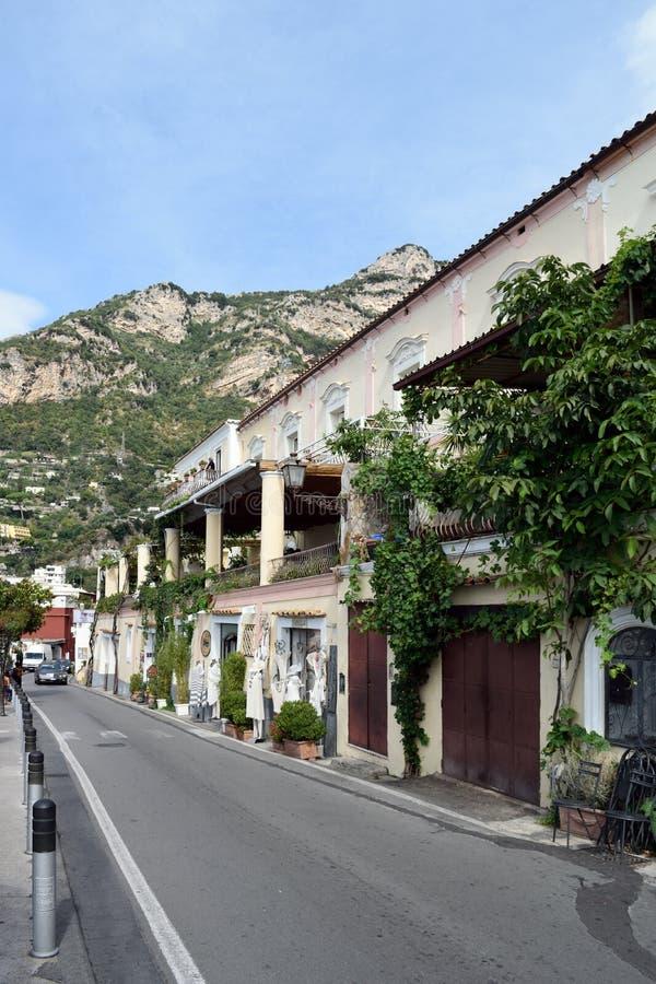Straße in Positano stockfoto