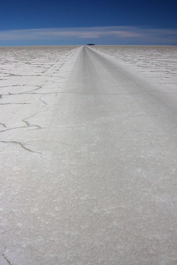 Straße Salar-de Uyuni stockfoto