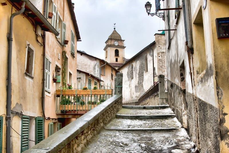 Straße in Saorge stockfoto