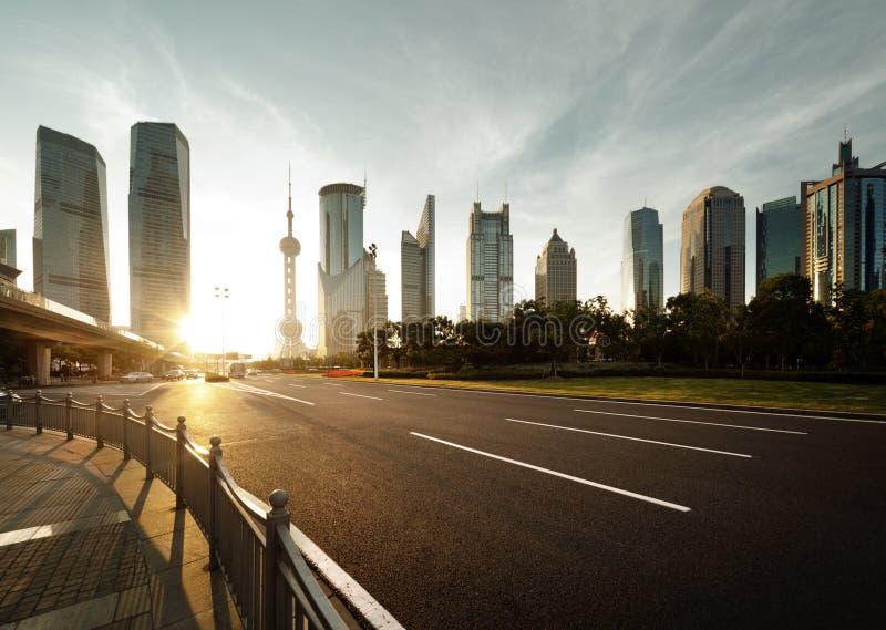 Straße in Shanghai-lujiazui Mitte stockfotografie