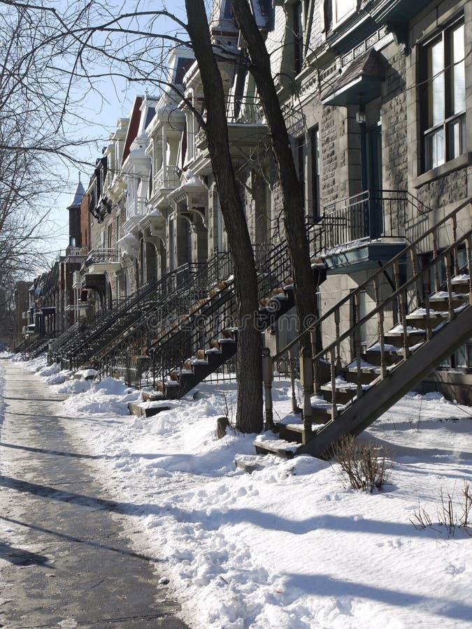 Straße Snowy-Montreal lizenzfreie stockfotografie
