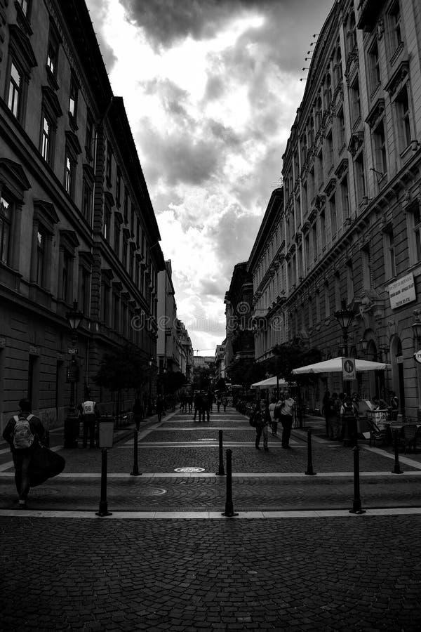Straße in thy Stadtzentrum stockfoto