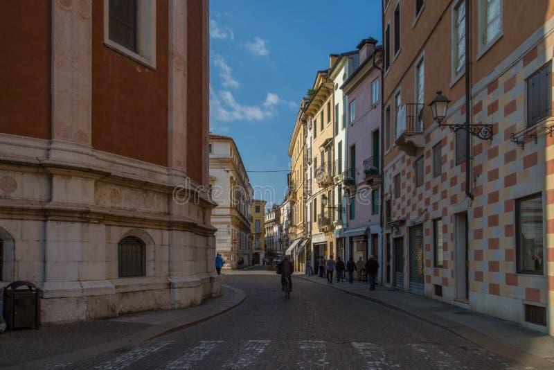 Straße in Vicenza, Italien stockfotos