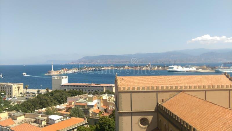 Straße von Messina stockfotografie