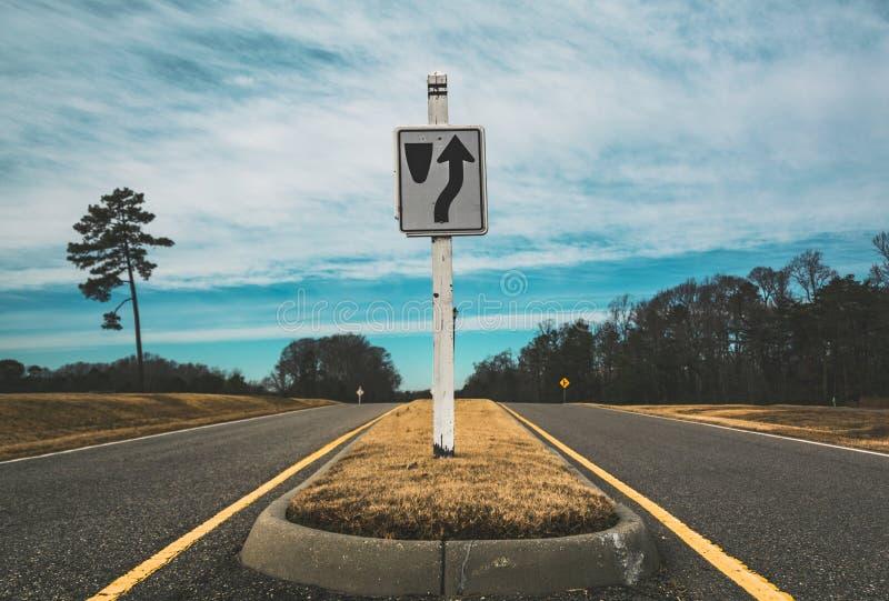 Straße zum Unbekannten lizenzfreie stockfotografie