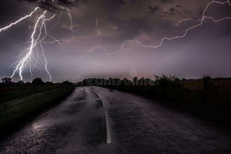 Straße zur Hölle lizenzfreie stockfotografie