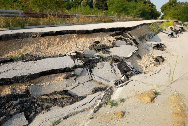 Straßen-Erdrutsch, Bulgarien lizenzfreies stockfoto