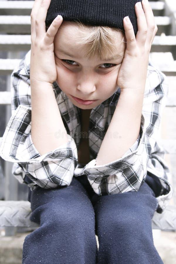 Download Straßen-Kind stockfoto. Bild von annahme, jungen, hilflos - 35498