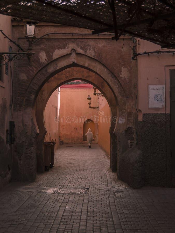 Straßen Marrakeschs Medina lizenzfreie stockbilder