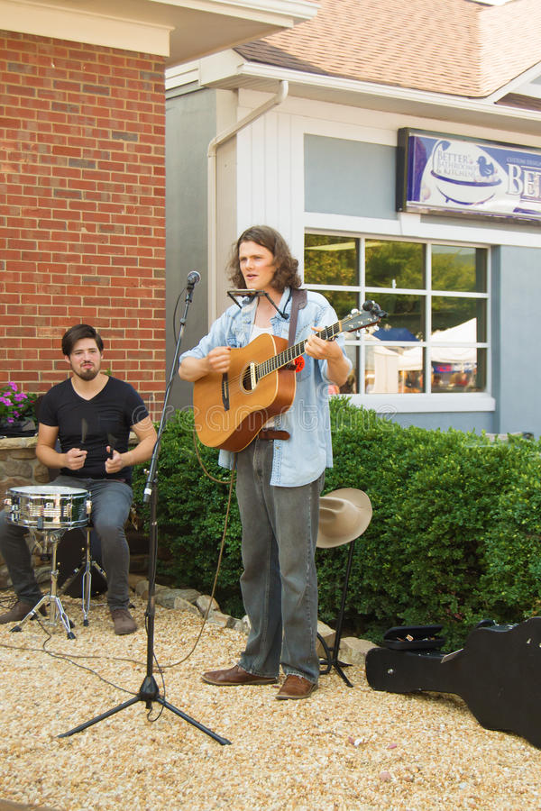 "Straßen-Musiker †""Salem, Virginia, USA lizenzfreie stockfotografie"