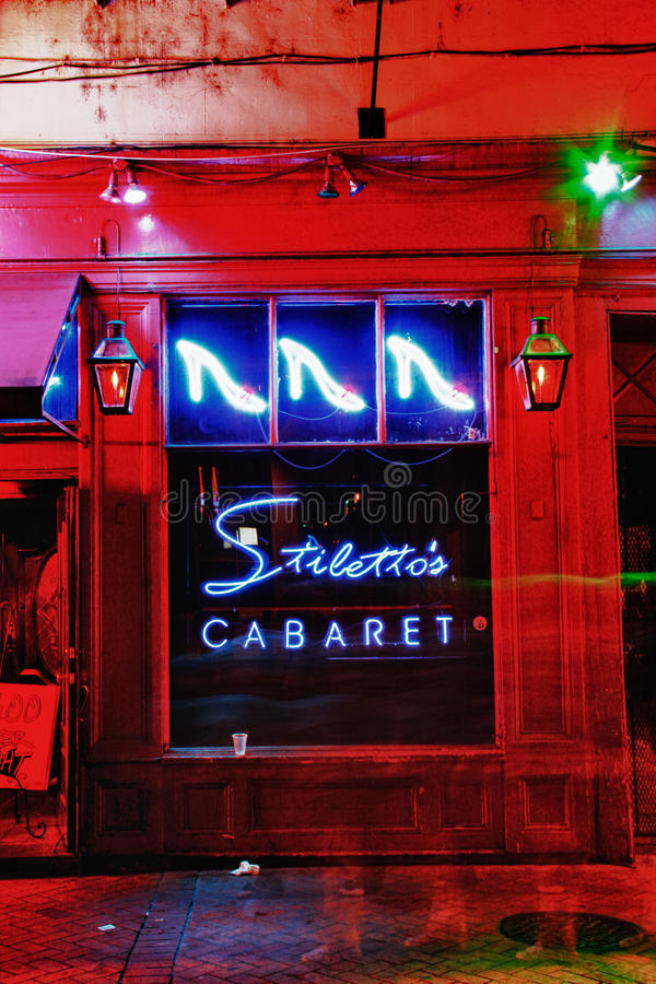 Straßen-Stiletts des New- OrleansBourbon Kabarett 2 stockfotos