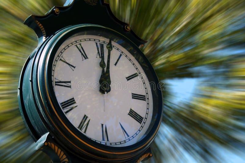 Straßen-Uhr lizenzfreies stockfoto