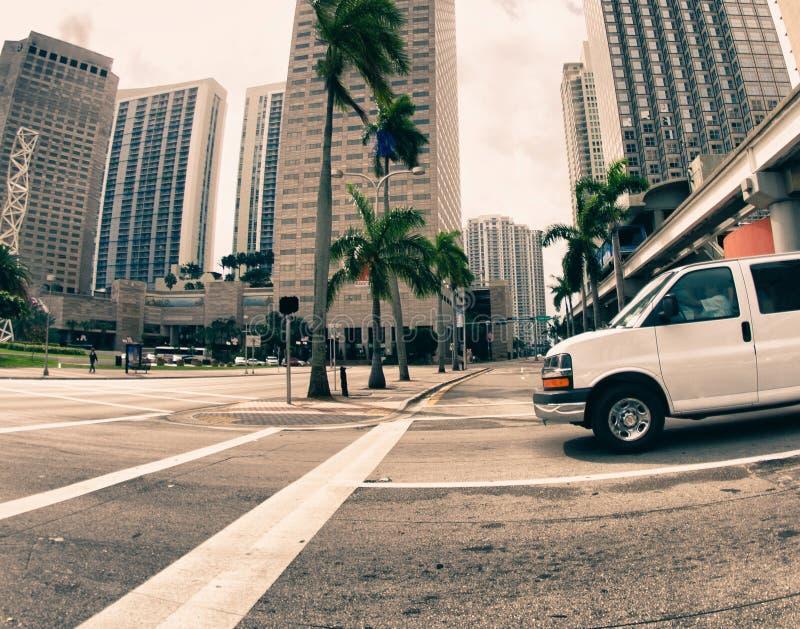 Straßen und Gebäude in Miami lizenzfreie stockfotos
